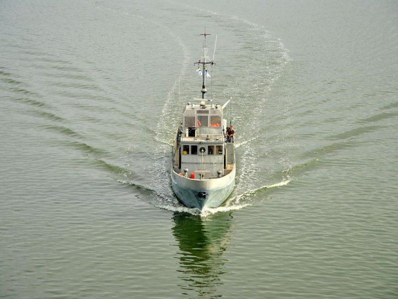 Николаевский судостроительный завод на месяц раньше срока завершил ремонт противодиверсионного катера ВМС (ФОТО)