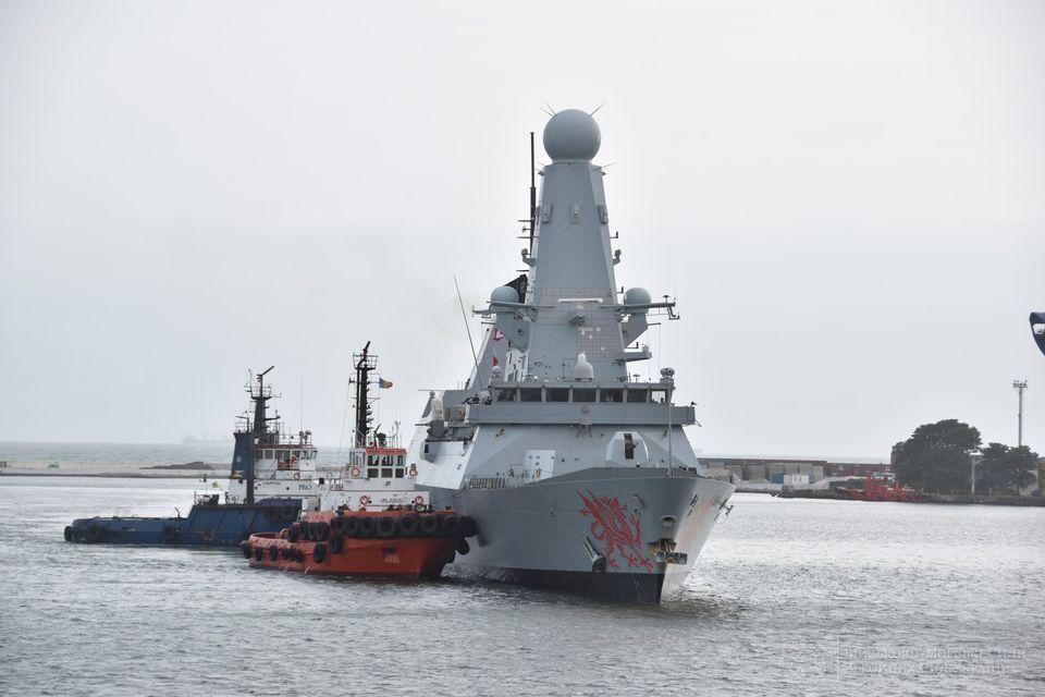 """В Одесский порт зашел эсминец Королевских ВМС Великобритании """"Dragon"""" (ФОТО) 1"""