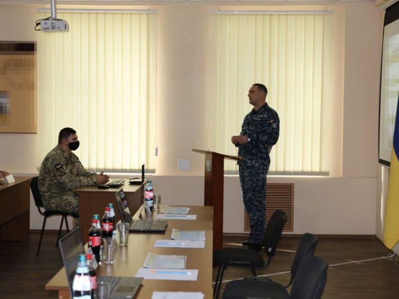 «С завода должна выйти боевая единица, способная выполнять боевую задачу» — командующий ВМС в Николаеве (ФОТО)