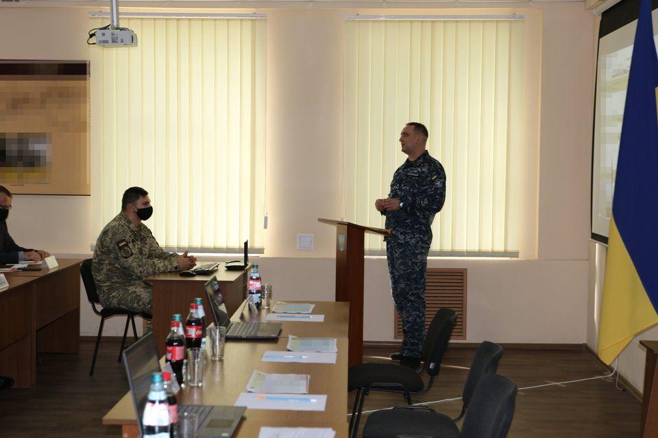 «С завода должна выйти боевая единица, способная выполнять боевую задачу» - командующий ВМС в Николаеве (ФОТО) 3