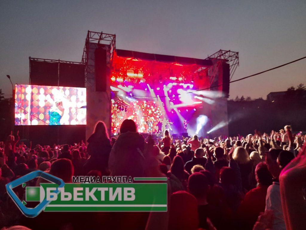 Полиция открыла производство из-за концерта Оли Поляковой в Харькове (ФОТО, ВИДЕО) 11