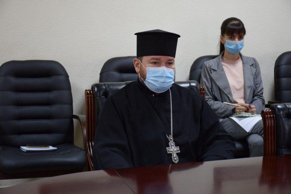 Покрова и карантин. Николаевская ОГА просит представителей религиозных конфессий провести литургии на улице (ФОТО) 3
