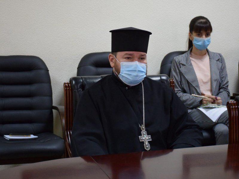 Покрова и карантин. Николаевская ОГА просит представителей религиозных конфессий провести литургии на улице (ФОТО)