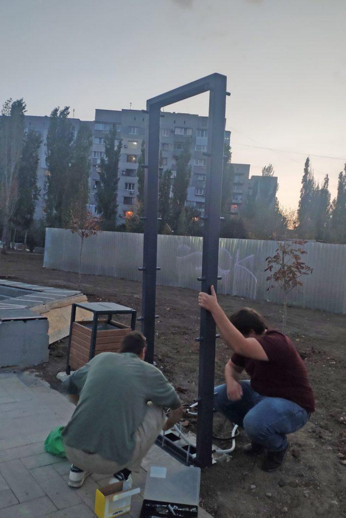 Еще одно место для селфи. В Николаеве возле «Надежды» установили двухметровые световые панели (ФОТО) 9