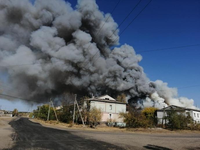 На Луганщине очередной поджог: детонируют снаряды, огонь подступает к электроподстанциям (ФОТО) 3