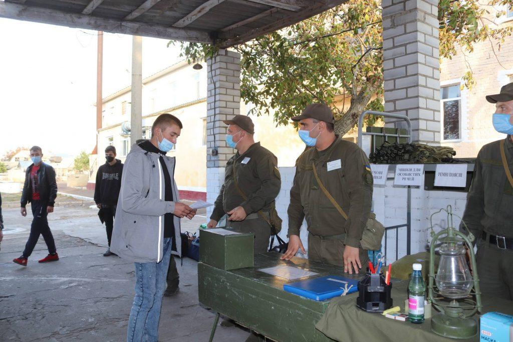 Николаевский полк Национальной гвардии пополнился сотней новобранцев (ФОТО) 3