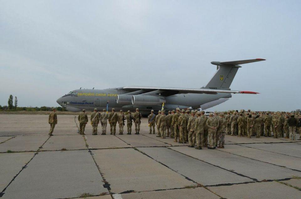 7 октября в Николаеве попрощаются с двумя погибшими в авиакатастрофе Ан-26 курсантами (ФОТО) 5