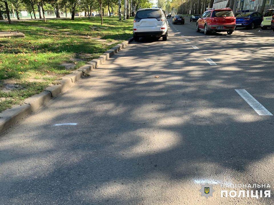 Полиция ищет свидетелей двух сегодняшних ДТП в Николаеве с участием пешеходов (ФОТО) 3
