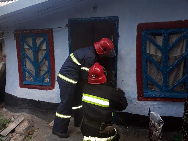 Вчера спасатели Николаевщины трижды открывали двери домов и квартир, чтобы помочь попавшим в беду гражданам (ФОТО)