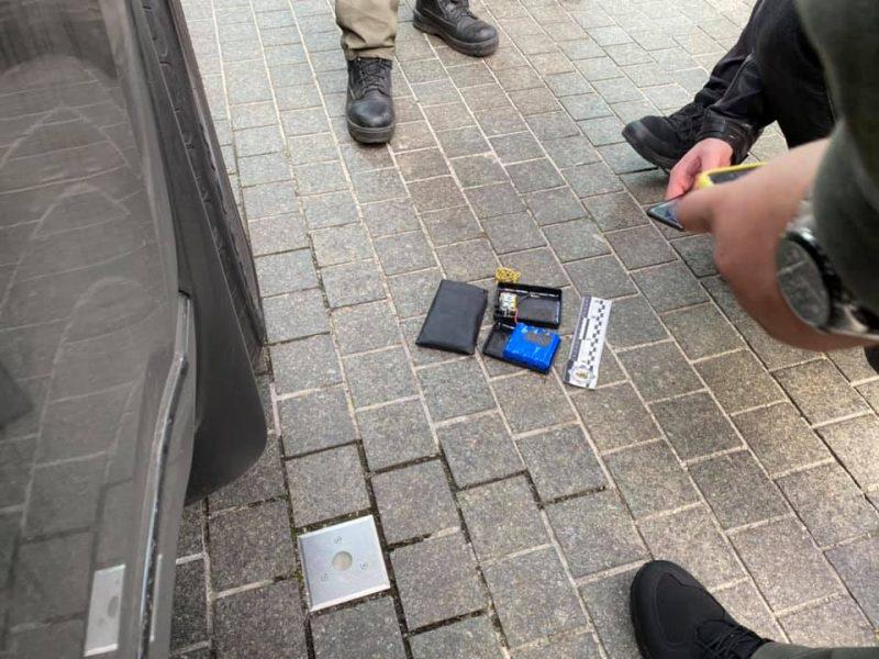 Арахамия заявил, что нашел устройство для слежения в своем автомобиле (ФОТО)