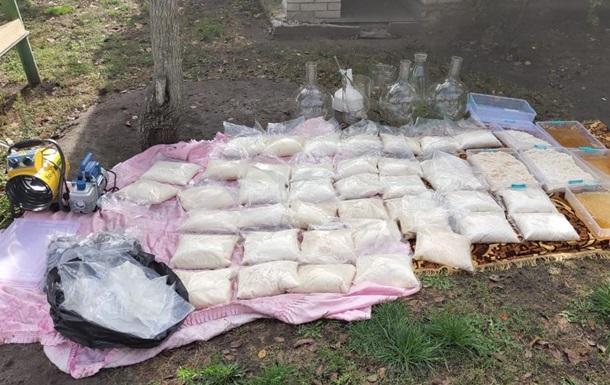 CБУ накрыла лабораторию наркосиндиката (ВИДЕО)