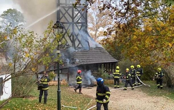 В Чехии сгорела уникальная украинская церковь. Но ее восстановят (ФОТО)