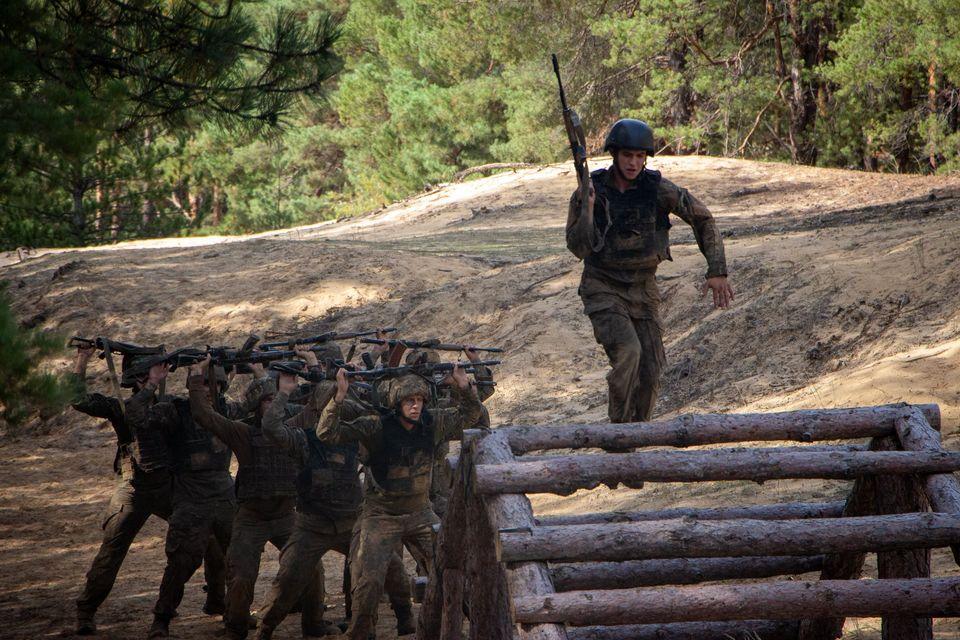 Николаевские морпехи прошли полосу препятствий перед Клятвой морского пехотинца (ФОТО) 5