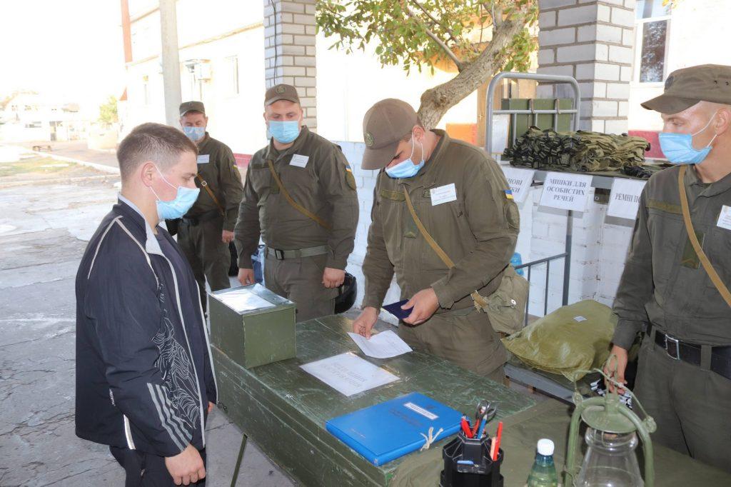 Николаевский полк Национальной гвардии пополнился сотней новобранцев (ФОТО) 5