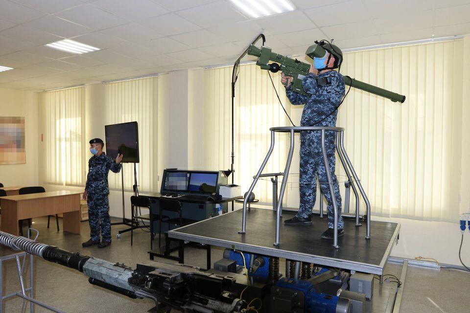 «С завода должна выйти боевая единица, способная выполнять боевую задачу» - командующий ВМС в Николаеве (ФОТО) 7