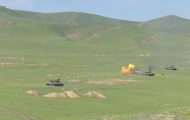 Азербайджан опроверг сообщение о сбитом в Карабахе самолете