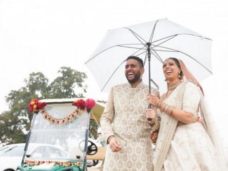 В Британии придумали, как проводить многолюдные свадьбы в карантин