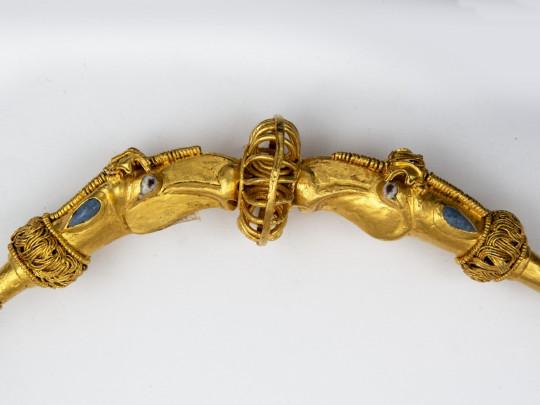 Сокровища правителя Ольвии царя Инисмея представили на выставке старинного золота в Киеве (ФОТО)