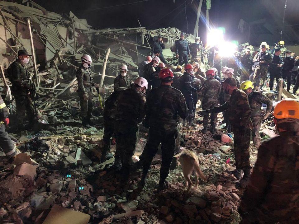 В жилые кварталы одного из крупнейших городов Азербайджана попали две ракеты: 12 человек погибли и более 40 ранены (ФОТО, ВИДЕО) 1