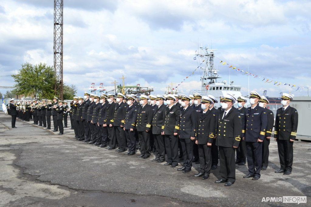В порту Южный торжественно открыли причал, где будут базироваться патрульные катера типа «Айленд» (ФОТО) 9