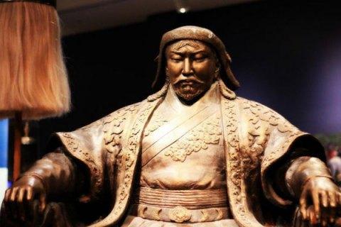 Китай потребовал не использовать слово «Чингисхан» на выставке о Чингисхане во Франции