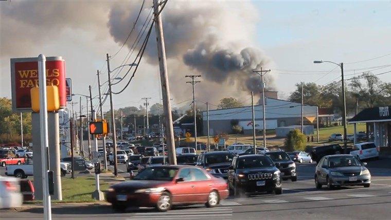 В США произошел взрыв в торговом центре 5