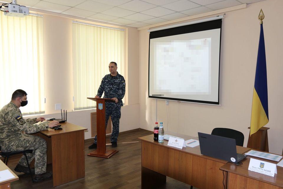 «С завода должна выйти боевая единица, способная выполнять боевую задачу» - командующий ВМС в Николаеве (ФОТО) 1