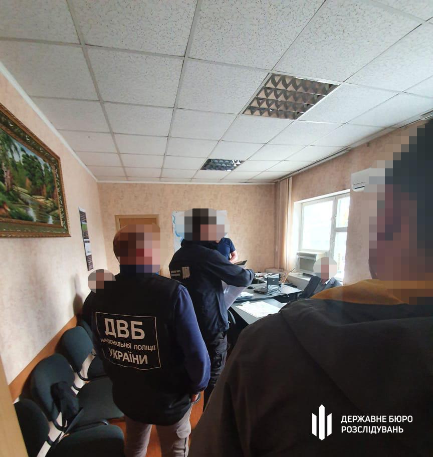 ГБР подозревает шестерых полицейских из Николаева в пытках в служебных кабинетах (ФОТО, ВИДЕО) 13