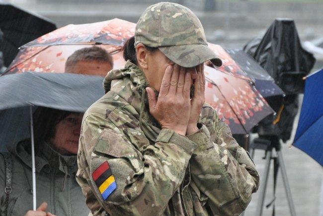 С совершившим самосожжение ветераном Микитенко попрощались на Майдане (ФОТО) 29
