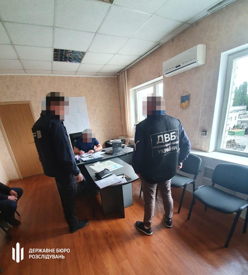 ГБР подозревает шестерых полицейских из Николаева в пытках в служебных кабинетах (ФОТО, ВИДЕО) 9