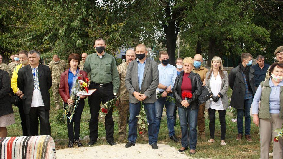 На Николаевщине открыли мемориальный комплекс павшим в российско-украинской войне (ФОТО) 15
