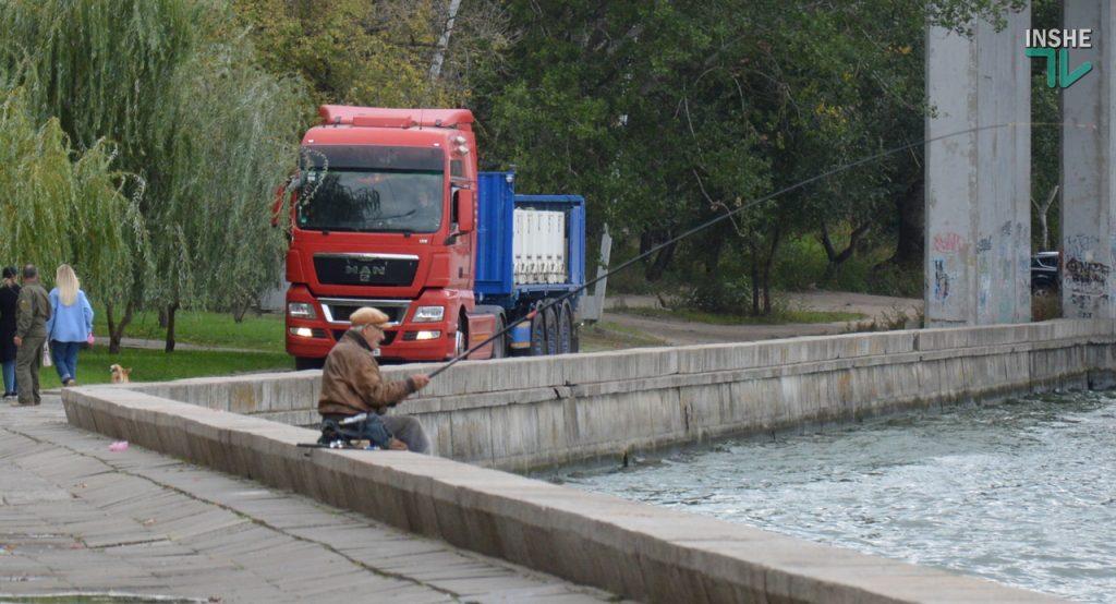 Зарыбление в Николаеве: в Южный Буг выпустили 255 тыс. экземпляров рыб (ФОТО и ВИДЕО) 1