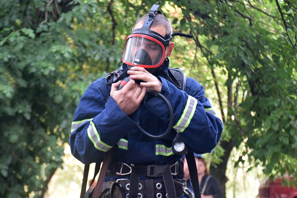 Николаевские спасатели потушили «пожар» в ДК «Строителей» (ФОТО, ВИДЕО) 3