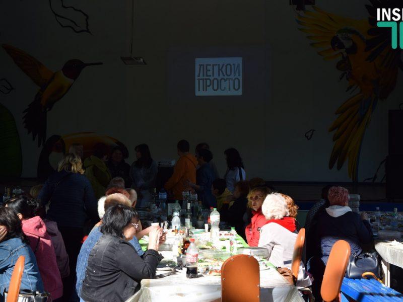День учителя в Николаеве: Заповедная зона, минимум СМИ и мэр в отпуске (ФОТО, ВИДЕО)