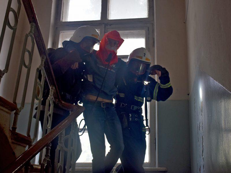 Николаевские спасатели потушили «пожар» в ДК «Строителей» (ФОТО, ВИДЕО)