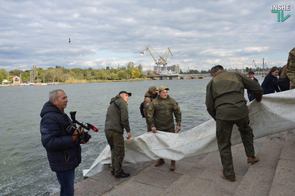 Зарыбление в Николаеве: в Южный Буг выпустили 255 тыс. экземпляров рыб (ФОТО и ВИДЕО) 27
