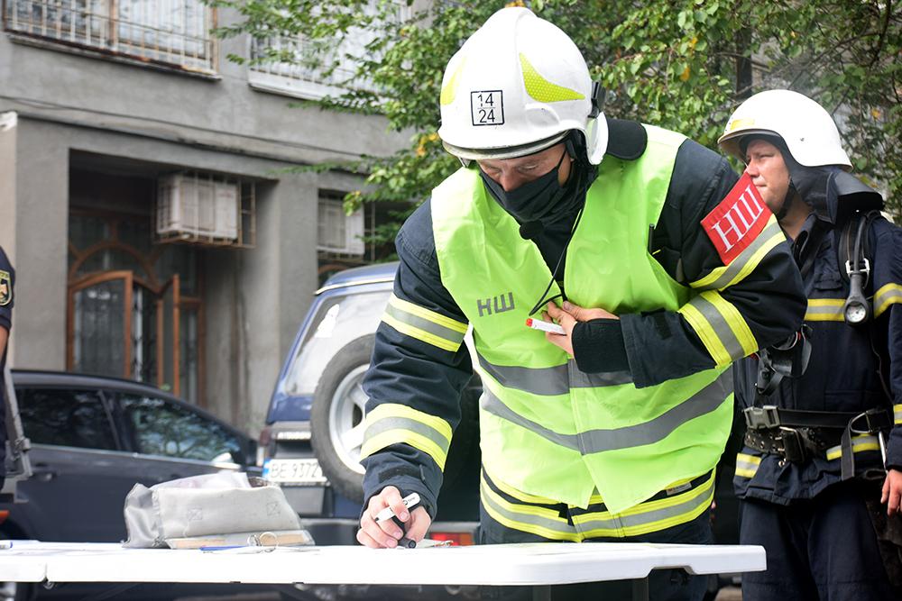 Николаевские спасатели потушили «пожар» в ДК «Строителей» (ФОТО, ВИДЕО) 15