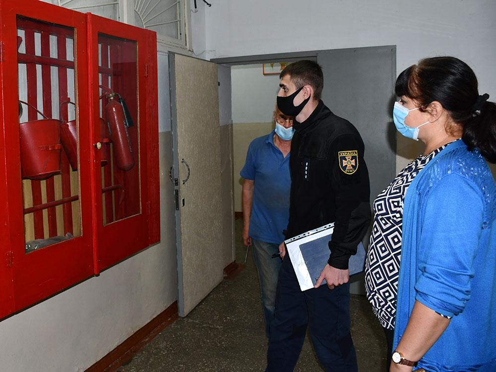 Пожарные проверили на Николаевщине 80% будущих избирательных участков и обнаружили почти 6 тысяч нарушений (ФОТО, ВИДЕО) 5