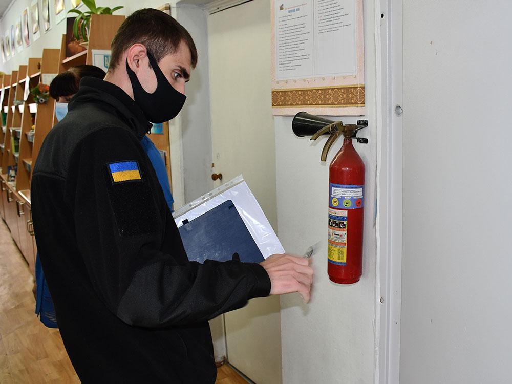 Пожарные проверили на Николаевщине 80% будущих избирательных участков и обнаружили почти 6 тысяч нарушений (ФОТО, ВИДЕО) 7