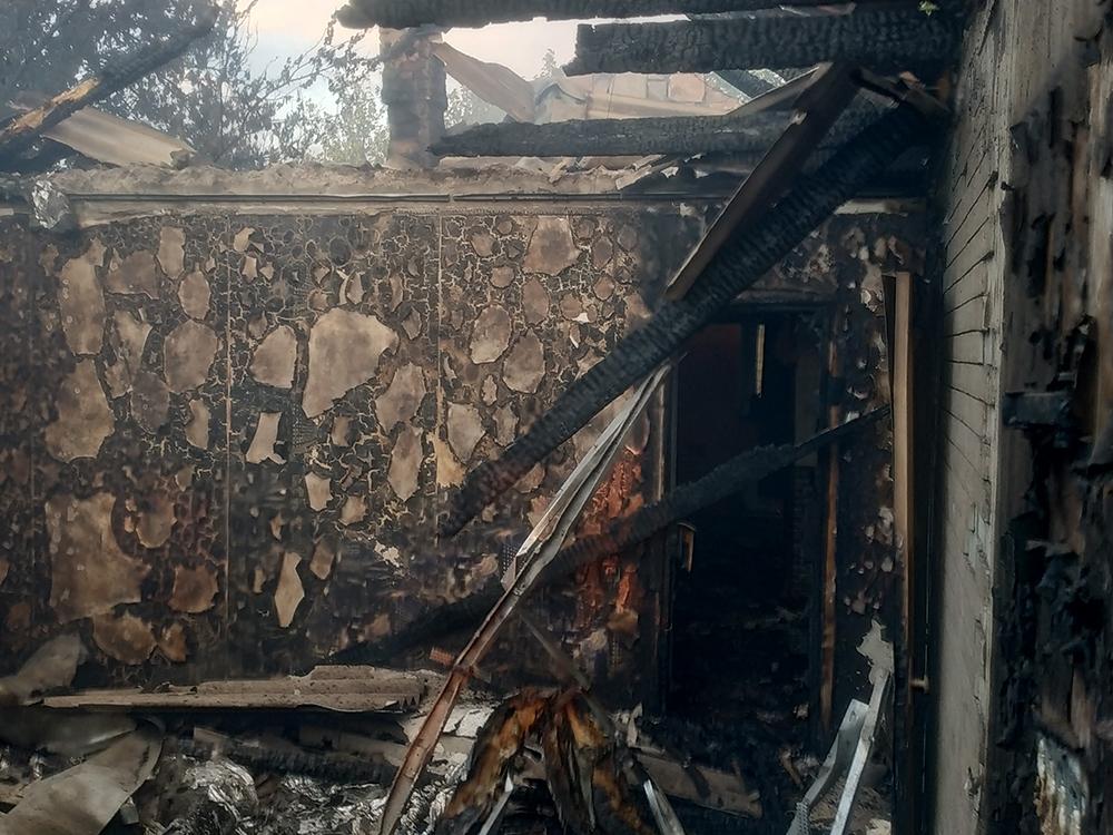 На Николаевщине горел жилой дом (ФОТО) 1