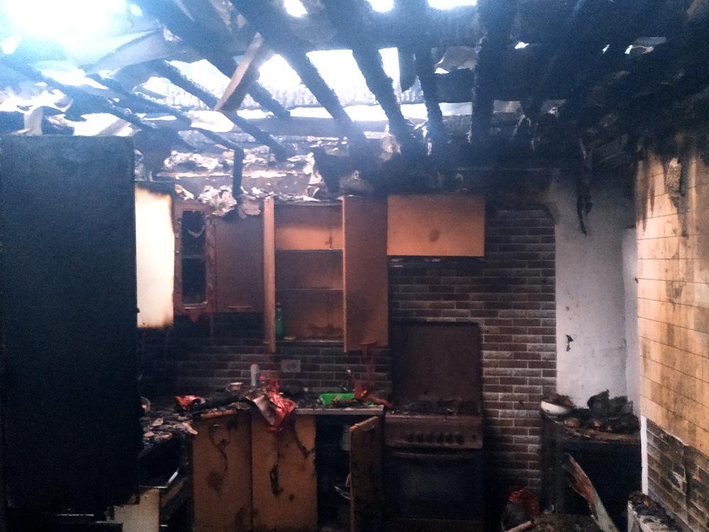 На Николаевщине горел жилой дом (ФОТО) 5