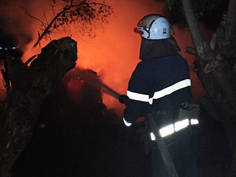За сутки спасатели Николаевщины ликвидировали четыре пожара: горели дрова, солома и мусор