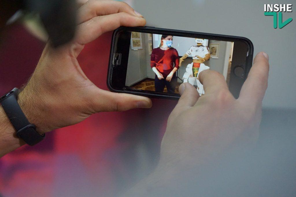 Николаевцам представили часть оцифрованной коллекции музея Верещагина и открытки с дополненной реальностью (ФОТО, ВИДЕО) 31