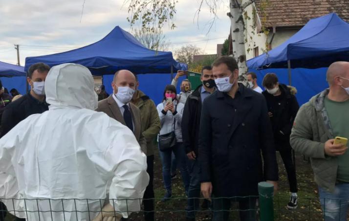 Словакия проводит всеобщее тестирование населения на коронавирус