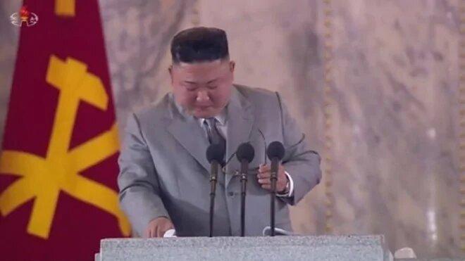 Диктатор Ким Чен Ын «расплакался» во время выступления и попросил прощения у народа КНДР