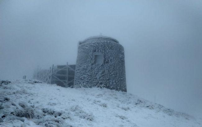 В Карпатах выпало до 7 см снега