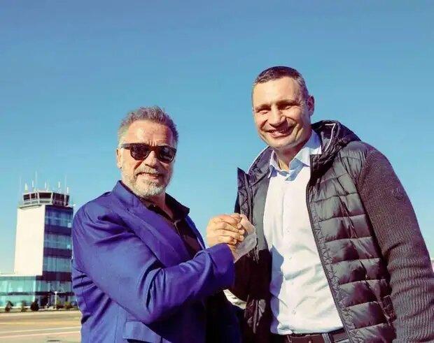 Кличко поддержал Шварценеггера после операции, а тот поздравил его с результатом на выборах (ФОТО)