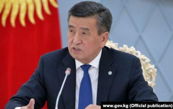 В Кыргызстане пропали президент и премьер — принято решение закрыть границу