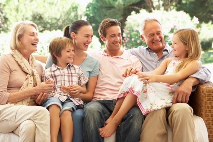 Исследование: частое общение с родственниками может негативно влиять на самочувствие