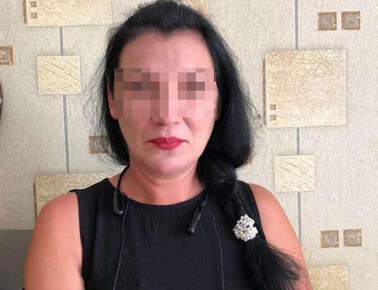 Неисправима: женщина, обворовывавшая врачей и пациентов Вознесенской больницы, не отсидела еще за предыдущие кражи (ФОТО)